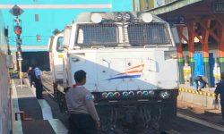 Harga Tiket dan Jadwal Kereta Dharmawangsa Ekspres Terbaru